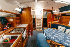 beneteau-clipper-39.3-interior-1